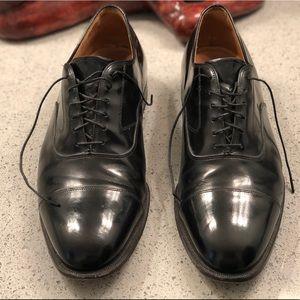 Johnston & Murphy Black Lace Up Shoes Sz 9.5 4E